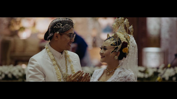 jasa video cinematic wedding film videografer shooting prewed prewedding lamaran siraman 49